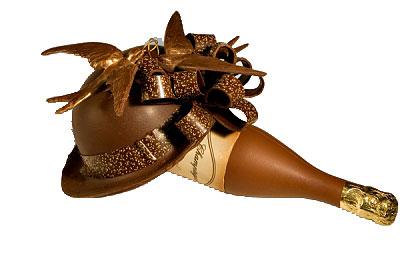 hoed met champagnefles